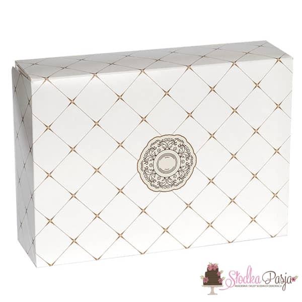 Pudełko z rozetą - 26x26x12 cm